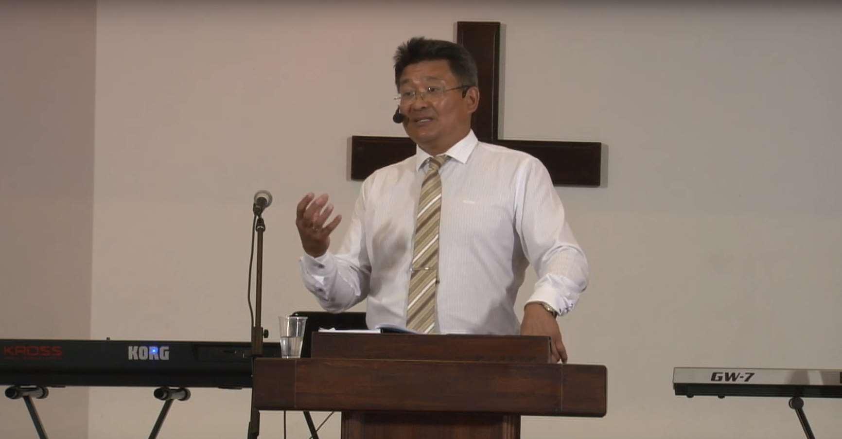 «Но прежде надлежит  Ему…» проповедует пастор Геннадий Ни